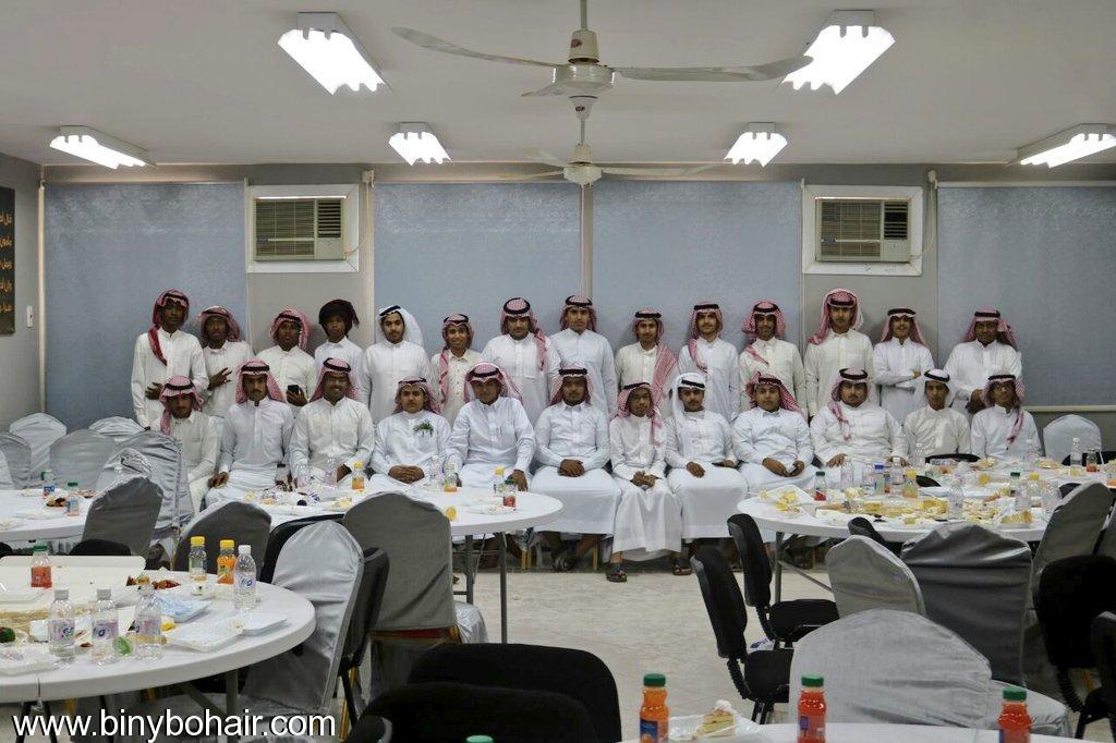 ثانوية سهيل عمرو بالفائجة تحتفل csk27219.jpg