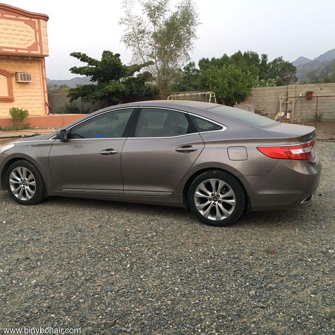 للبيع سيارة ازيرا 2013 مجدد d0416049.jpg