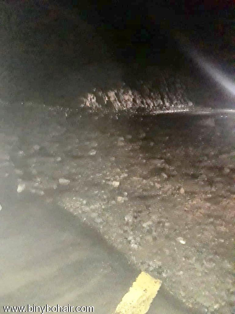 << طريق وادي قنونا>> انهيارات jhw59924.jpeg
