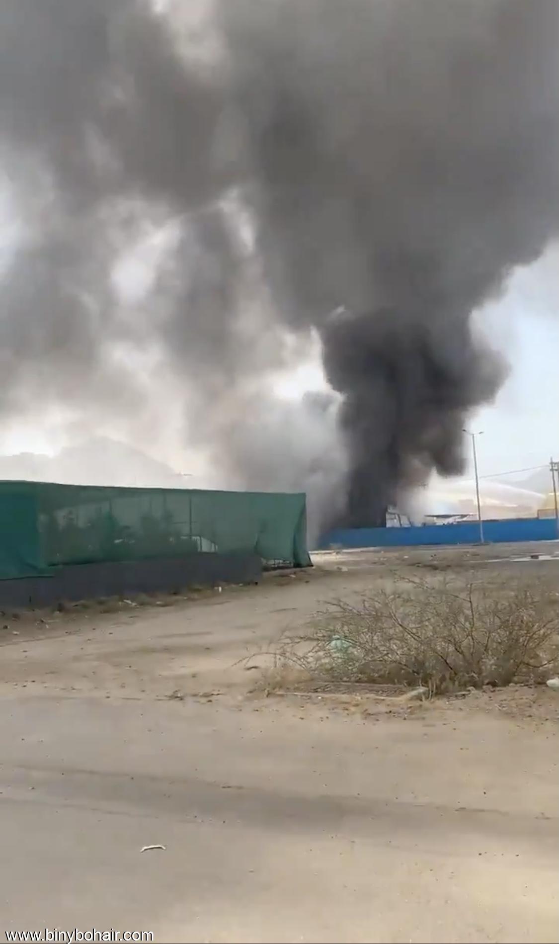 حريق داخل مهرجان نمره الترفيهي jvx65901.jpeg