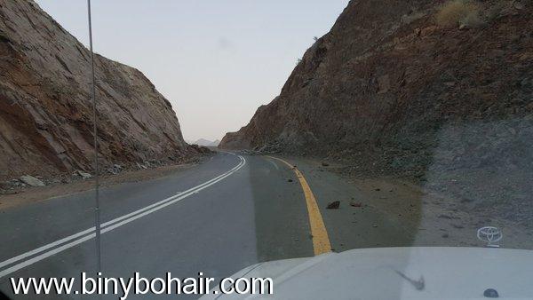 انهيارات صخرية وترابية طريق وادي ni622870.jpg